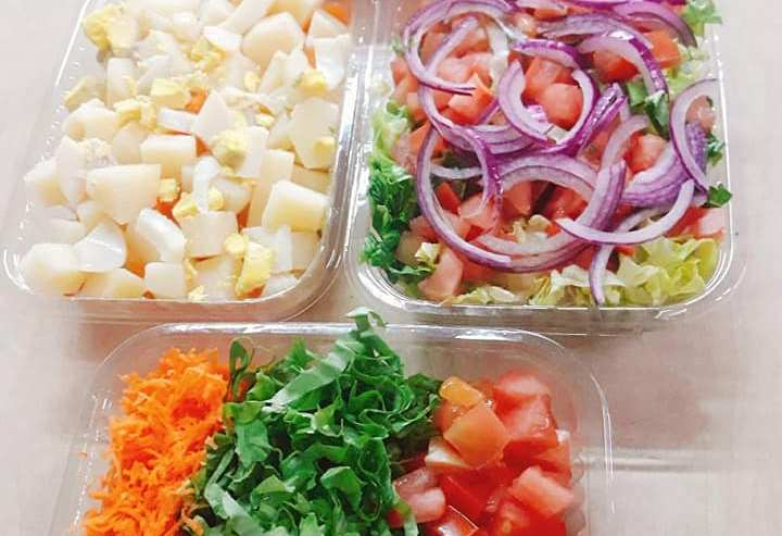 ensaladas-varias-Rotiseria-La-Familiar-Delivery-Olavarria