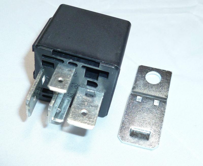 5 Pin Automotive Type 12volt 70 Amp Relay (7032
