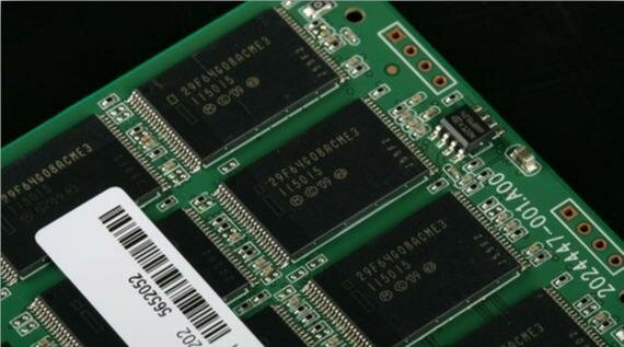 WHAT IS THE DIFFERENCE BETWEEN MLC VS SLC AND TLC FLASH MEMORY WAFERS ON SOLID-STATE DRIVES?