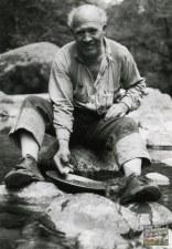 Bill Hudson, gold panning, 1933, Hudson Gold Claim