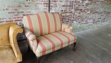 Delongs Furniture  Preowned Living Room Furniture