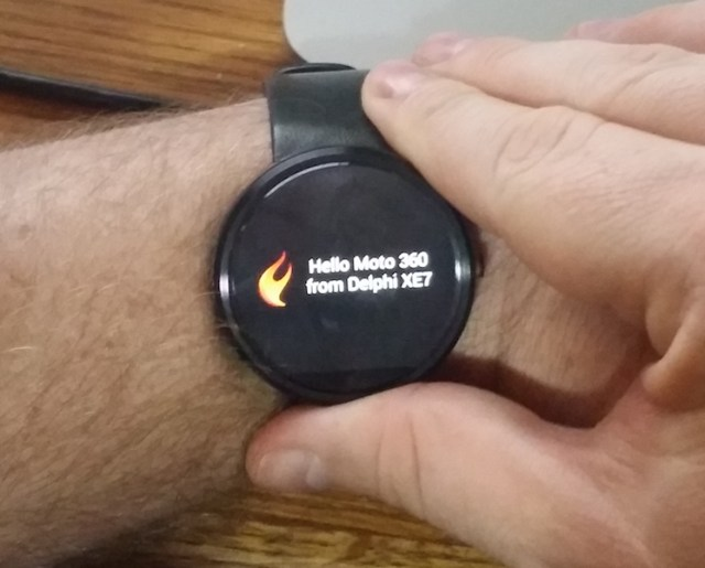 Hello Moto 360 from Delphi XE7
