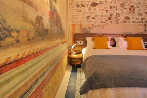 HOTEL ANAHITA