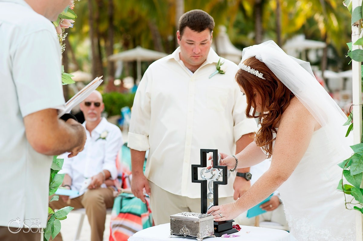 8 Alternative Wedding Unity Ceremony Ideas that are a lot