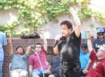 Hypnotist entertains students during College Hour