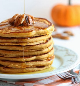 If you love pumpkin-flavored eats in the fall, you'll love this healthy flapjack recipe.