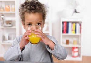 Is there a connection between juice and tooth decay?