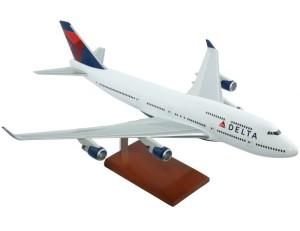 delta model 747