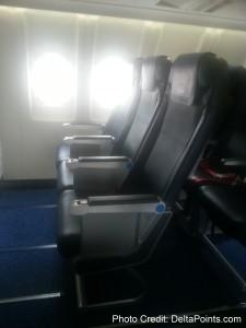 new slimline fixed seats klm regional jet business class Franfurt to Amsterdam delta points blog 1