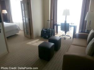 SPG Sheraton Elk Grove King room Club floor Delta Points blog (2)