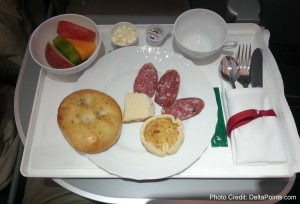 snack before landing alitalia magnifica business class delta points blog