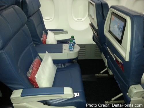 Delta Air Lines 737-900ER photos delta points travel blog (15)