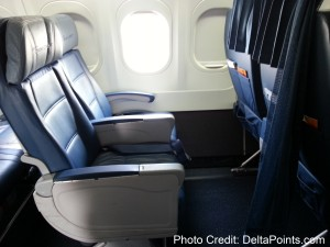 Front row Economy Comfort Delta 717-200 delta points blog (2)
