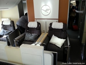 seats 1st class lufthansa 747-8 delta points blog (3)