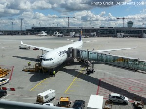 Lufthansa 1st class munich to Toronto A330 DeltaPoints blog review (1)