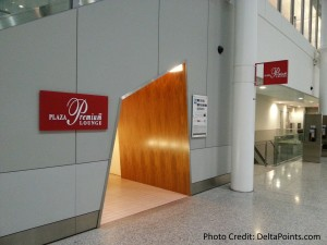 PLAZA PREMIUM LOUNGE yyz usa transboarder delta points blog (1)