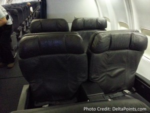 United 737 business class seats delta points blog (1)