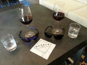 happy hour at bar The Plazzo LAS Delta Points blog
