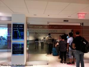 checkin VIP Lounge MIA airport delta points blog