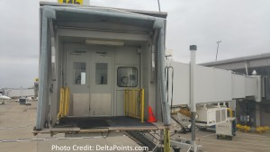 empty jet bridge at IND delta little time to make next leg delta points