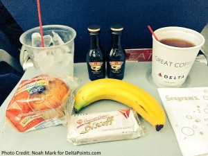 Free snacks and drinks Delta Comfort plus delta points blog