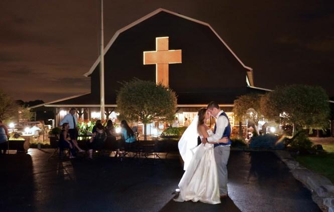 The Barn At Meadows Orrville Ohio Wedding Canton Photographer