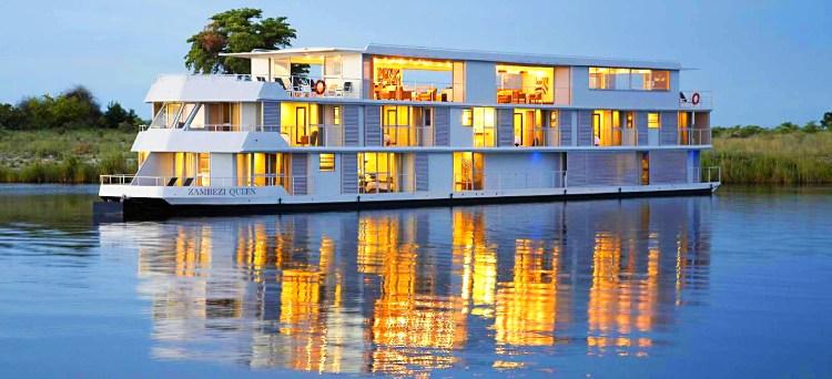 House Boat tour Botswana