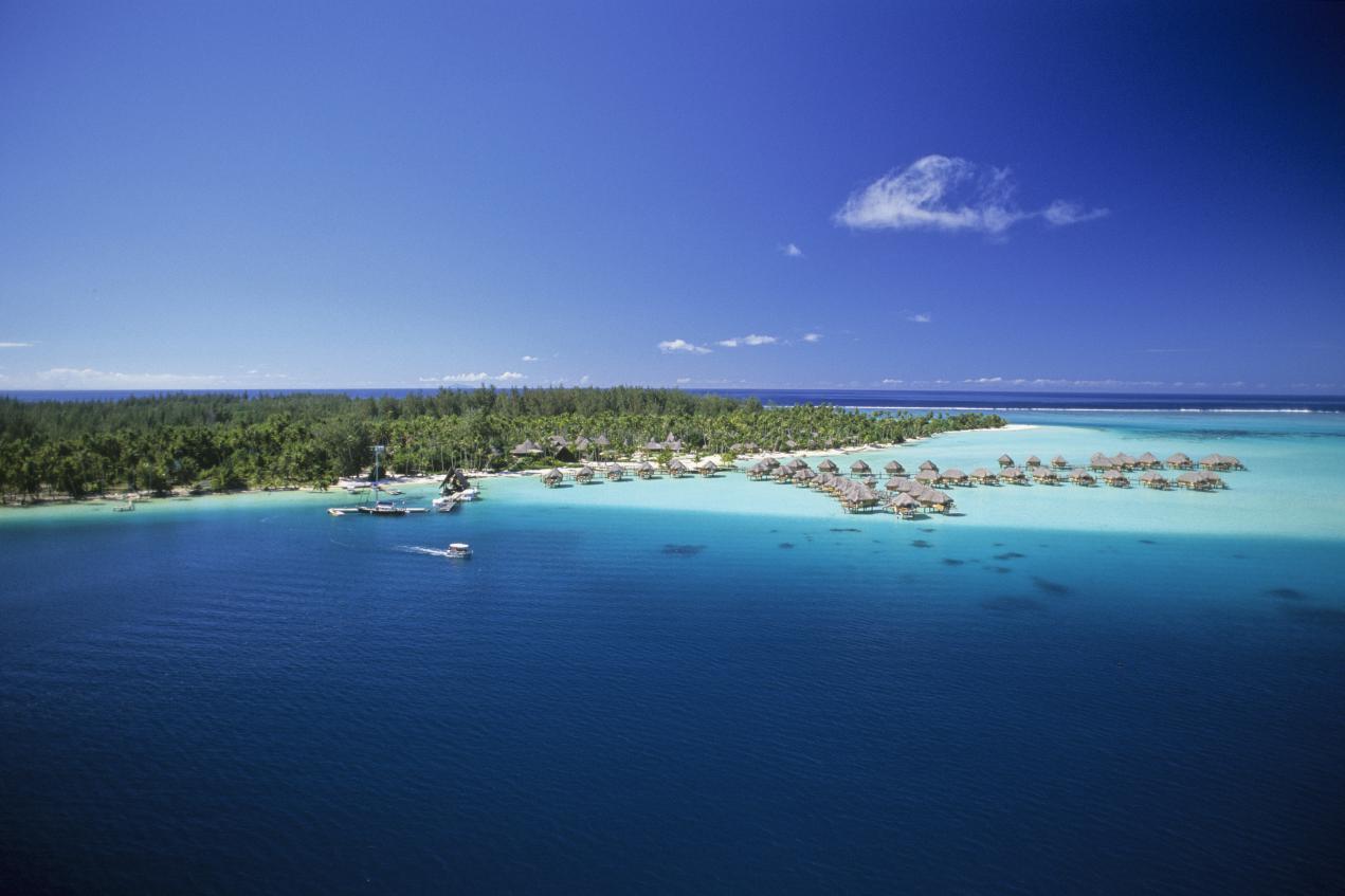 Pearl Beach Resort Bora Bora  DeluxeEscapesDeluxeEscapes
