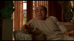 Danny Devito This week in box office history Deluxe Video Online