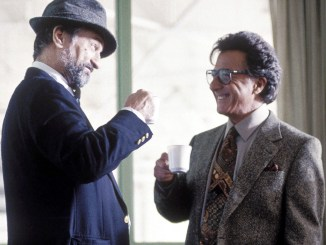 Wag The Dog Retro Review starring Al pacino and robert deniro