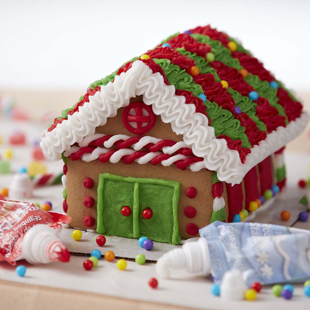 Traditional Gingerbread House Decorating Ideas Wilton