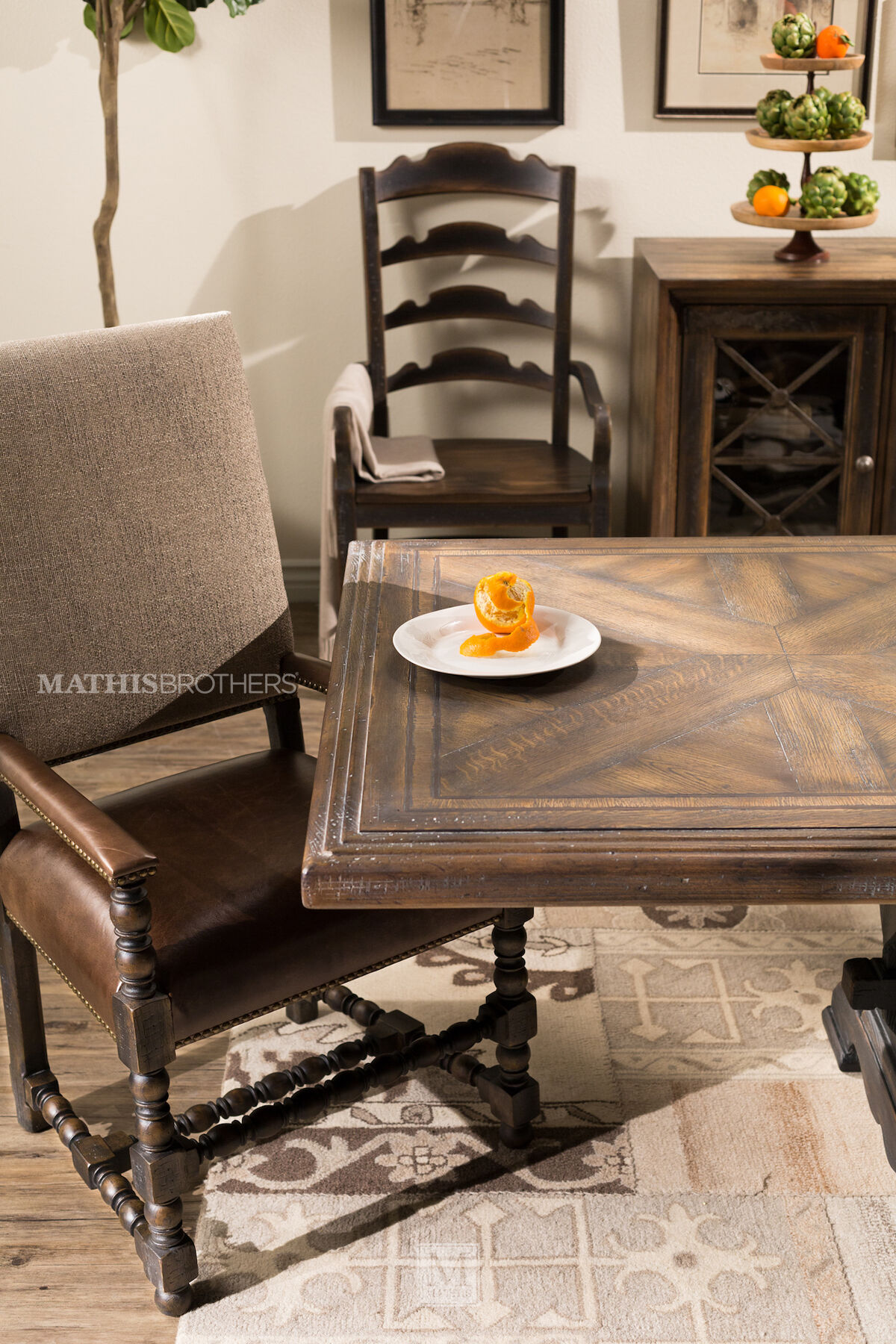 Hooker Hill Country Bandera Brown 86 Table  Mathis
