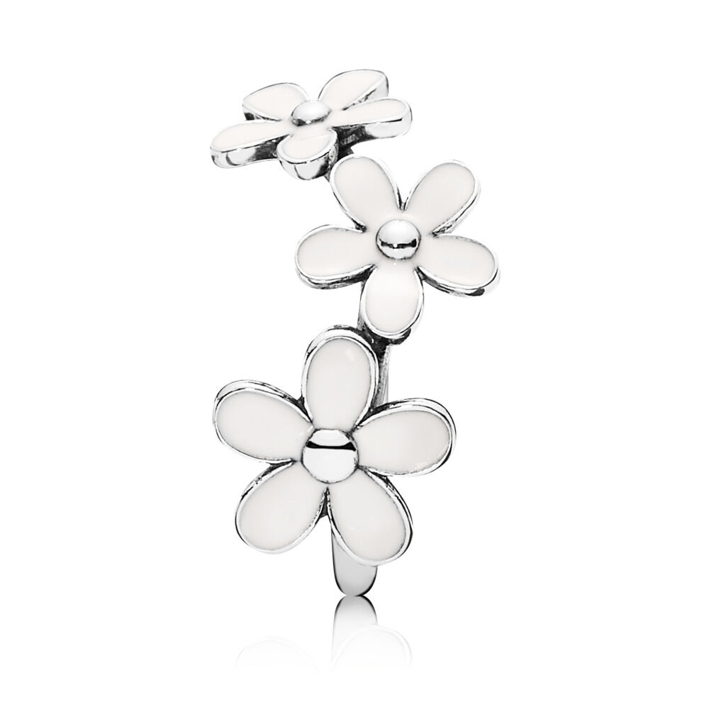 Triple Daisy Flower Ring