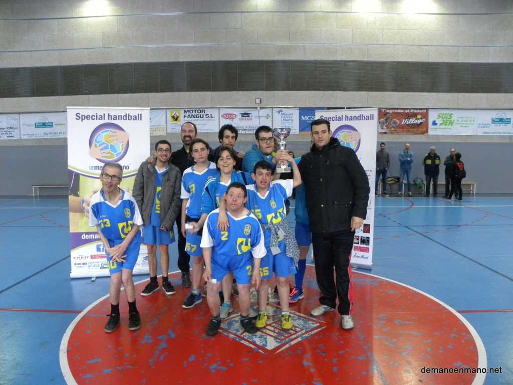 3TDMEM_Trofeo_Igualada_PresidenteDemanoenmano_AngelAyllon_web