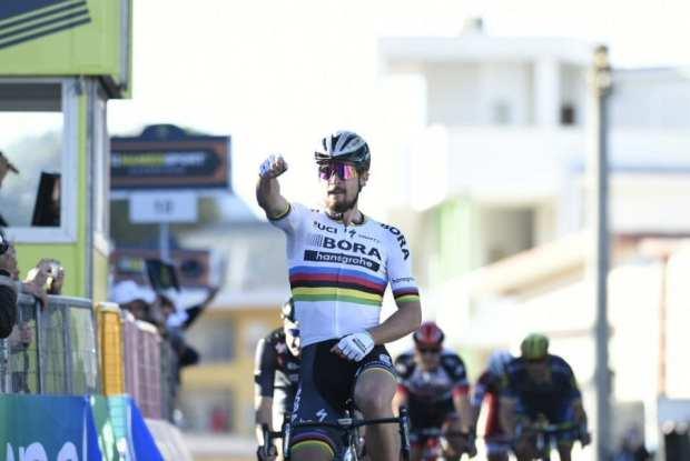 Peter Sagan gana la tercera etapa de la Tirreno - Adriático