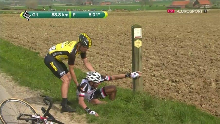 Wagner ayuda a Sinkeldam en la Gante Wevelgem