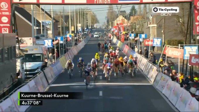 Mads Pederse gana la Kuurne - Bruselas - Kuurne