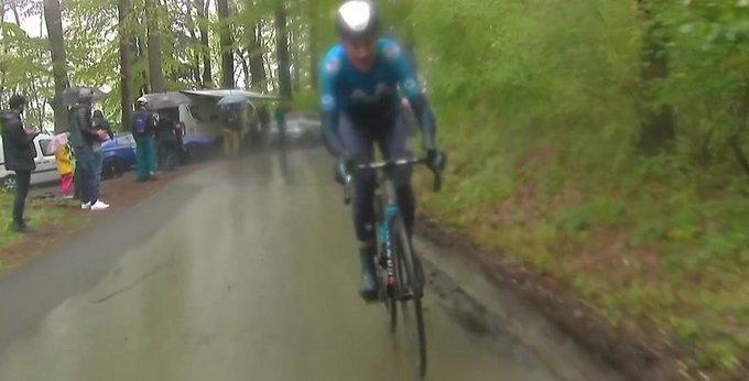 Ataque de Marc Soler en el Tour de Romandía