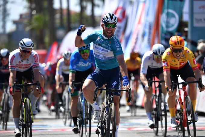 Mark Cavendish gana la tercera etapa del Tour de Turquía