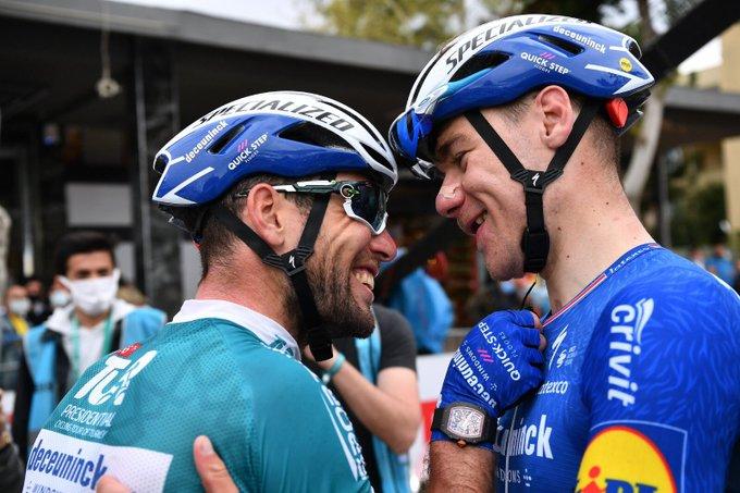 Mark Cavendish y Jakobsen