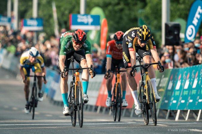 Phil Bauhaus gana la tercera etapa del Tour de Hungría