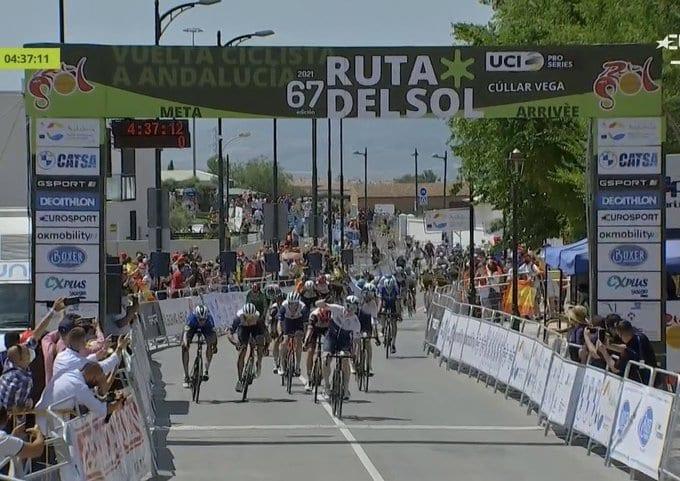 André Greipel gana la cuarta etapa de la Vuelta a Andalucía