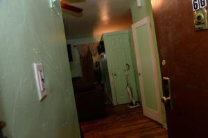 This is the inside of the apartment where the shooting occurred. (TODD MAISEL/NEW YORK DAILY NEWS)