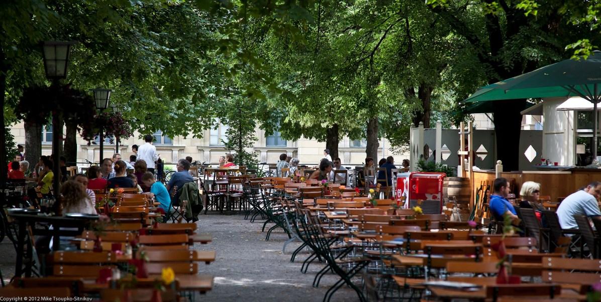 Outdoor cafe/beer hall in the Hofgarten