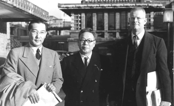 Edward Deming (far right) and colleagues