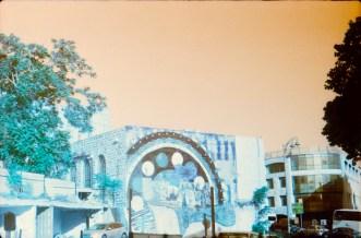 kamera: fed5b, film: lomochrome turquoise film