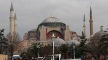آمال تركية بإعادة متحف أيا صوفيا لمسجد