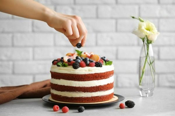 Beautiful Homemade Cake Decorating Ideas