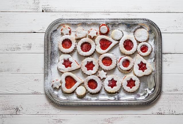 photodune-10245578-christmas-cookies-m