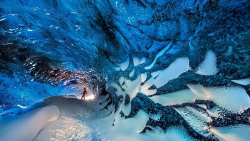 ice-caving-2-guide-to-iceland